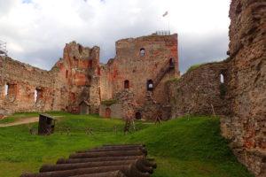 Ruiny hradu Bauska
